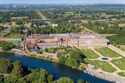 hampton-court-palace-drone-5