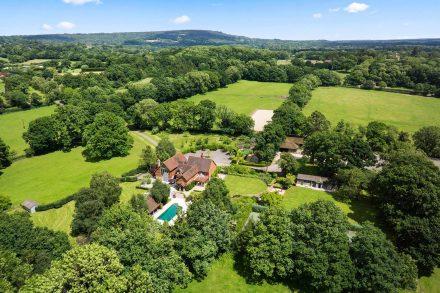 westland-farm-oakley-road-drone